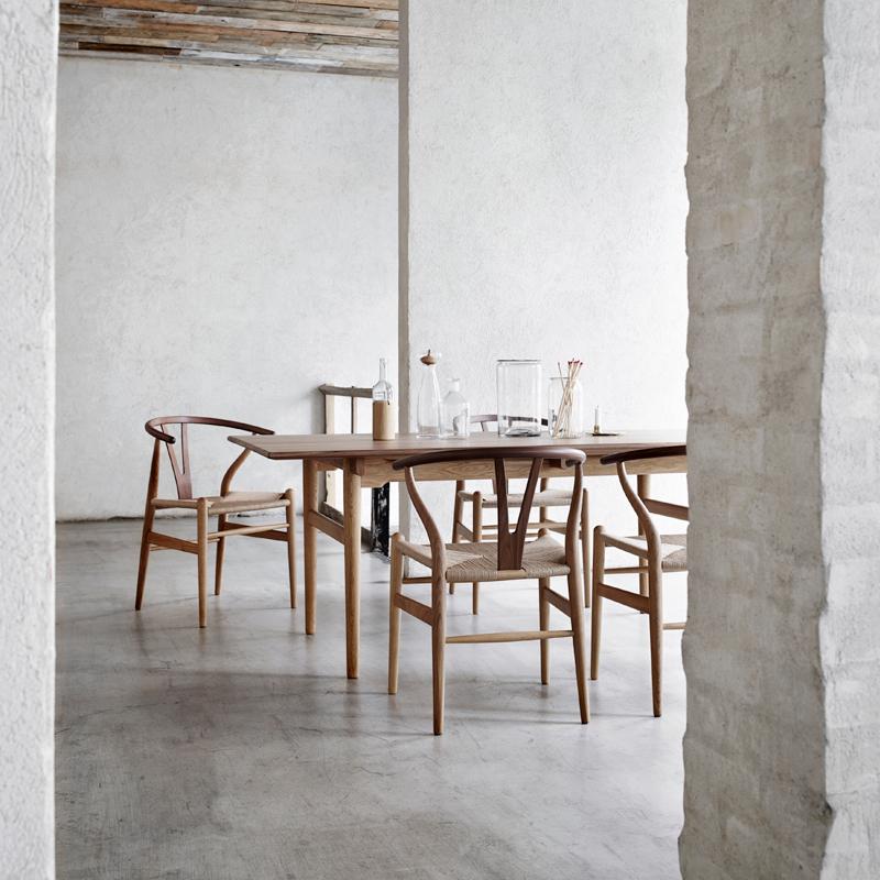 carl hansen son wegner stuhl ch 24 y wishbone chair spezial von wegner im designlager d lmen. Black Bedroom Furniture Sets. Home Design Ideas