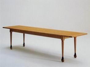 shaker tisch mit rollen von shaker design im designlager. Black Bedroom Furniture Sets. Home Design Ideas